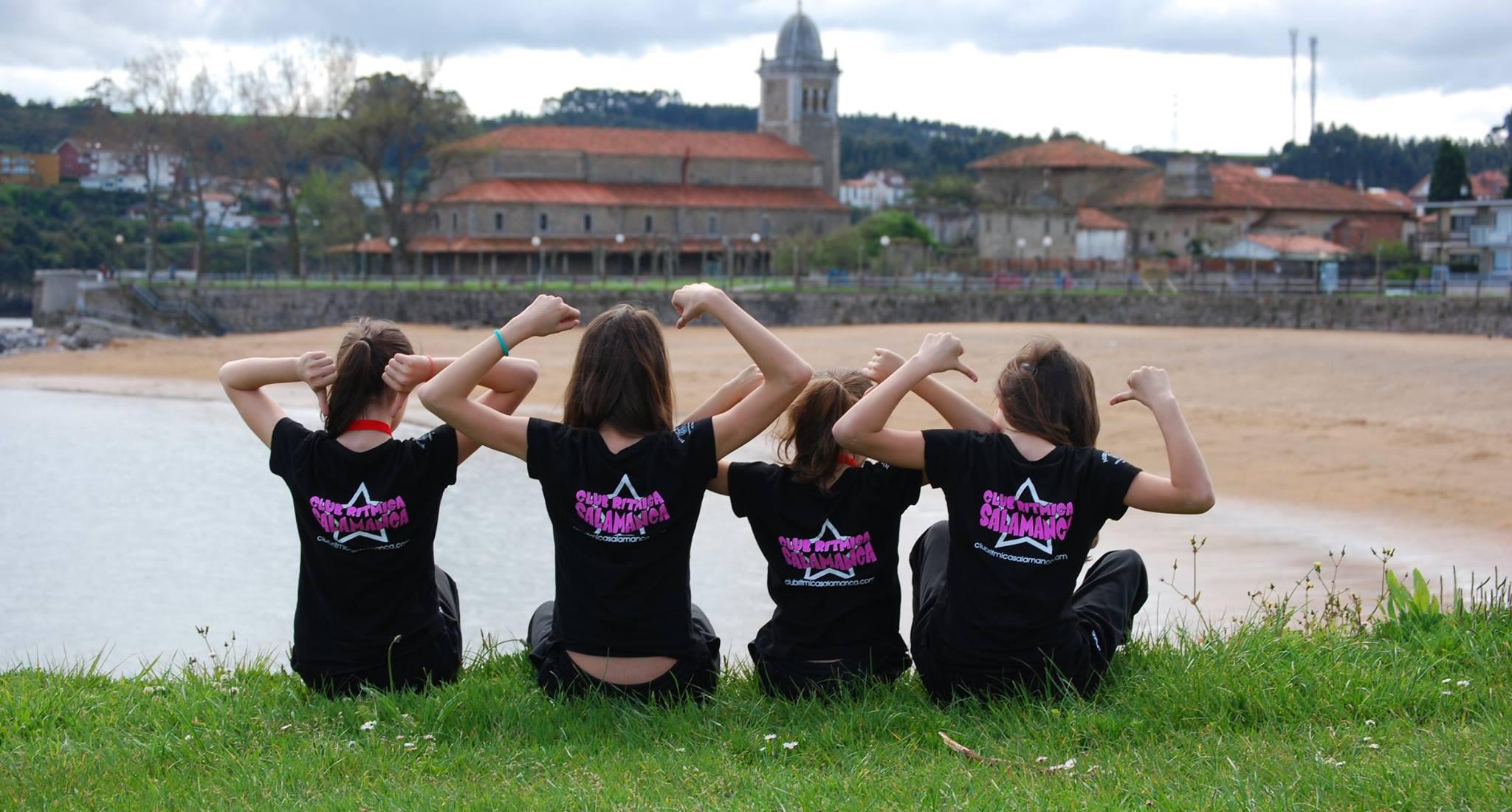 Equipación del Club Rítmica Salamanca
